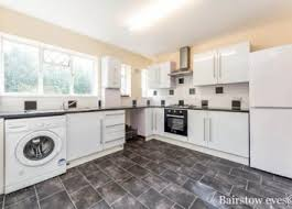 Two Bedroom Flat To Rent In Hounslow 2 Bedroom Flats To Rent In London Zoopla
