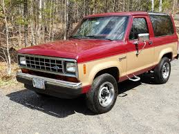 auctions 1988 ford bronco ii xlt owls head transportation museum