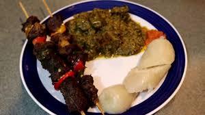 comment cuisiner du manioc comment preparer le meilleur plat des feuilles de manioc saka saka