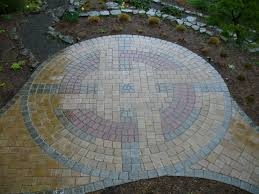 Backyard Flagstone Patio Ideas by Garden Backyard Patio Idea Featuring Round Patterns Stone Paving