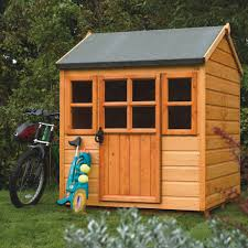 Playhouse Design Decorating Ideas Awesome Rustic Wooden Playhouse Design With