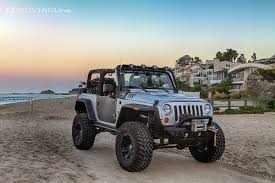 jeep wrangler unlimited sport top off top ten reasons to take your top off on national go day
