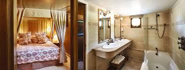 Fleur De Lis Bathroom Fleur De Lys Barge Lady