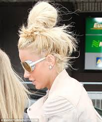 hot heads extensions cost price displays hair extensions tugging on scalp