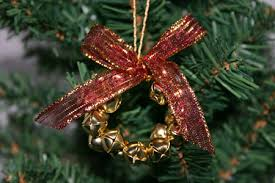 funezcrafts easy crafts jingle bell wreath