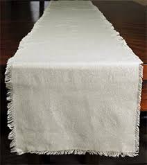 table runners toppers tablecloths u0026 napkins 20 u201360 off