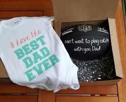 pregnancy gift ideas gifts for announcing pregnancy pregnancy announcement gift ideas