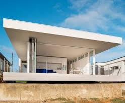 modern beach house plans a simple beach house in hayling island uk design milk