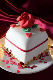 Classic Cake Decorations Valentines Day Cake Pictures Lovetoknow