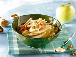 insalata di sedano e mele ricetta insalata waldorf donna moderna