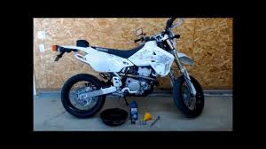 how to do an oil change on a drz400 sm youtube