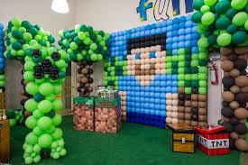 minecraft birthday party ideas balloon backdrop from a minecraft birthday party via kara s party