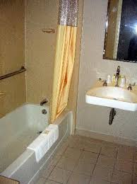 Comfort Inn Hotels Handicap Accessible Bathroom At Comfort Inn Picture Of Quality