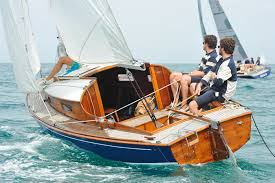 belouga jpg 1 400 932 pixels on the water pinterest boating