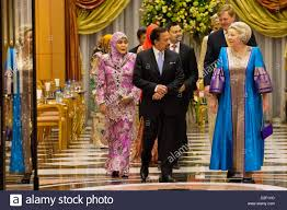 sultan hassanal bolkiah plane sultan of brunei haji hassanal bolkiah stock photos u0026 sultan of