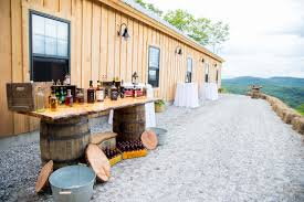 Barn Weddings In Maine Maine Wedding Venue Pictures Barn Photo Gallery