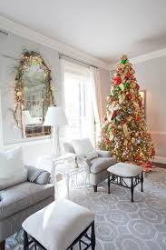 surprising christmas table runner decorating ideas