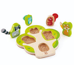 who s in the tree puzzle from hape from the wooden toybox