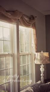 Valances For La Best 25 Burlap Valance Ideas On Pinterest Burlap Curtains