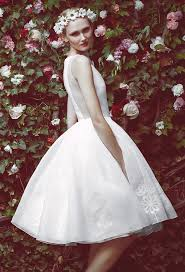 wedding dress for the 7 wedding dress trends for summer 2016 tulle