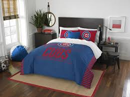 chicago cubs grand slam full queen comforter set represent your team and sleep soundly with the soft and comfortable chicago cubs grand slam full queen comforter set designed with official team logos