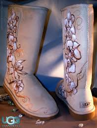 airbrushed ugg boots photo 1