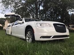 chrysler phantom chrysler 300 stretch limousine sleek and stretch limo rentals