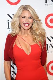 Christie Brinkley Christie Brinkley Returns To Si Swimsuit Issue At Age 63 With