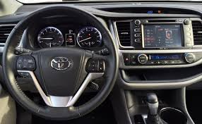 suv toyota review 2014 toyota highlander proves itself a well mannered suv