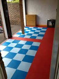 Interlocking Garage Floor Tiles Mototile Martini Racing Style Interlocking Garage Floor Tile