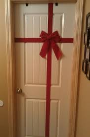 Things To Put On A by Red Ribbon As Cool Things To Put On Your Bedroom Door Decolover Net