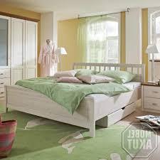 Ikea Schlafzimmer Bett Tisch Wohndesign 2017 Interessant Tolles Dekoration Bett 200x200 Ikea