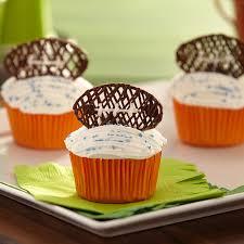 football cupcakes candy football cupcakes wilton