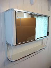 Vintage Bathroom Wall Cabinet Vintage 50 U0027s Metal Mirror Bathroom Wall Medicine Cabinet Chest