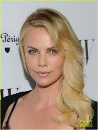 hairstyle magazine photo galleries 255 best charlize theron images on pinterest artists makeup and