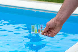 3 tips for keeping your pool algae free during winter