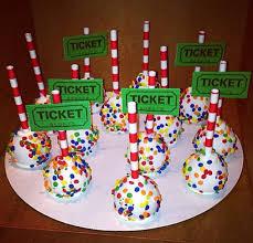 best 25 circus cakes ideas on pinterest circus theme cakes