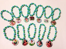 party favor bracelets this is for a set of 12x moana themed party favor bracelets each