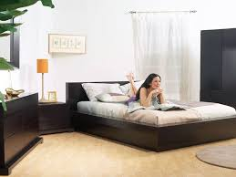 Ground Bed Frame The Trestles Platform Bed And Bedroom Set In Cappuccino