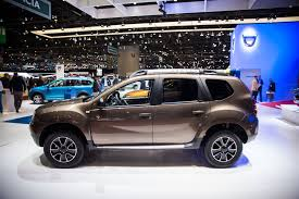 renault dacia duster 2017 dacia premiers at the geneva motor show 2017 dacia news