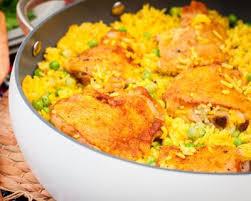 cuisiner riz recette riz au poulet safran et petits pois en cocotte facile rapide