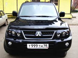 pajero mitsubishi 2004 mitsubishi pajero news reviews msrp ratings with amazing