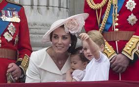 princess makes buckingham palace balcony debut