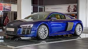 2016 audi r8 v10 gets santorini blue paint and havana brown