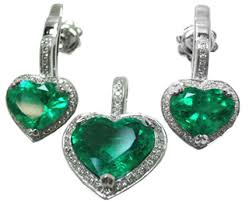 emerald heart necklace images Heart shaped colombian emerald earrings and matching pendant necklace jpg