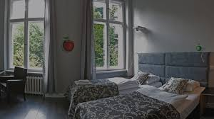 la chambre d oute magritte hommage a magritte boutique hotel in berlin