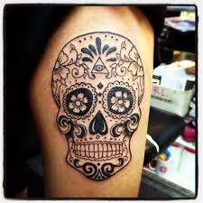 sugar skull on the ribs tatuajes sugar skull
