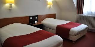 chambre d hotel pour 5 personnes chambre d hôtel à angers pour une ou deux personnes 2 lits