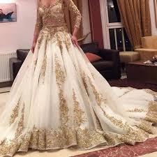 robe de mariã e indienne 2017 de luxe deux pièces robes de mariage indien blanc or applique