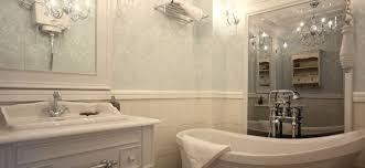 badezimmer tapete badezimmer tapezieren tipps für tapeten und vorbereitung